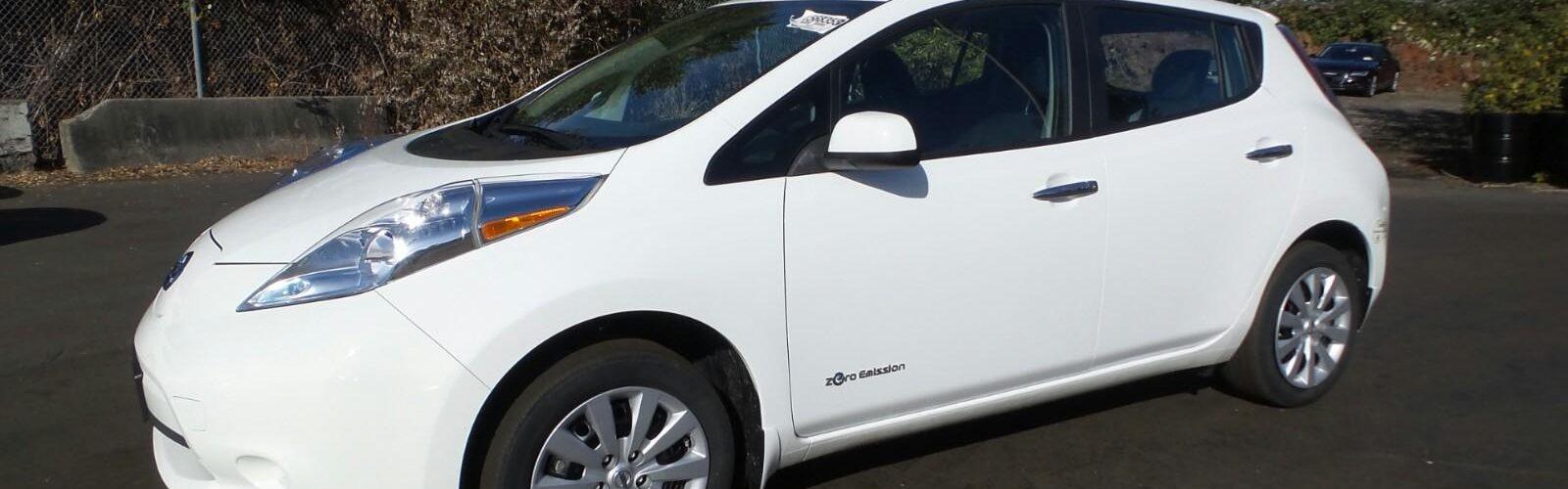 Nissan LEAF 2015 S – 37 956 Km – 18 400 $  – VENDU!