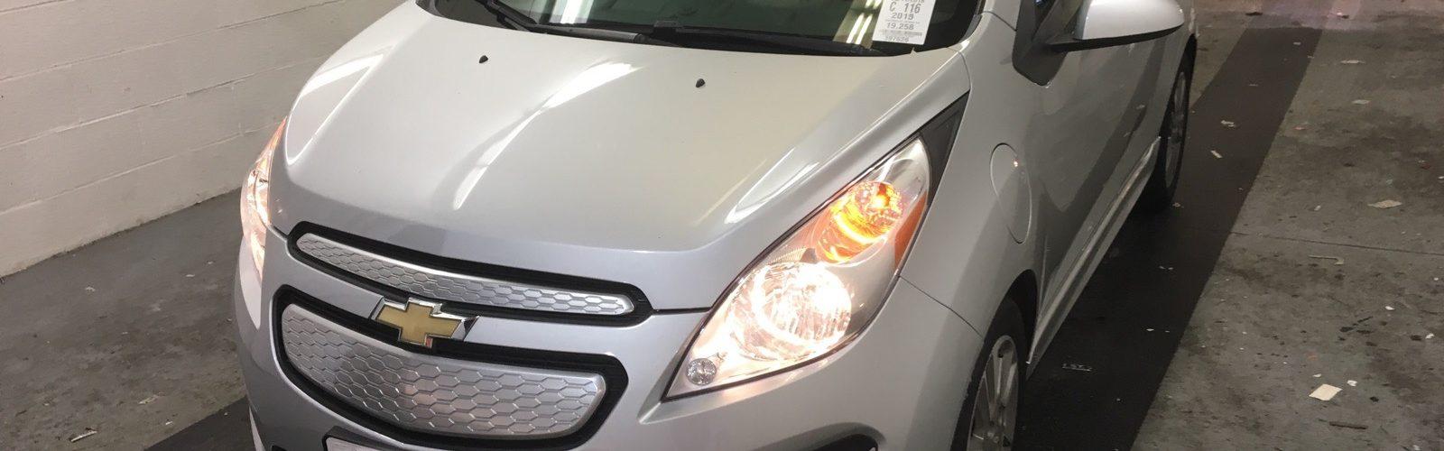 CHEVY SPARK EV 2LT 2015 – 30 993  Km – Charge rapide 400V – Seulement 15 371 $ avec la subvention – DISPONIBLE