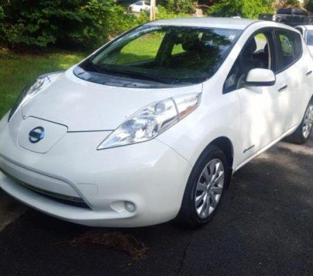 Nissan LEAF 2015 S+ 30 936 Km – Seulement 16 871 $ avec la subvention – DISPONIBLE