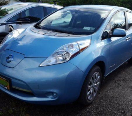 Nissan LEAF 2015 S+ 40 589 Km – Seulement 16 871 $ avec la subvention – DISPONIBLE