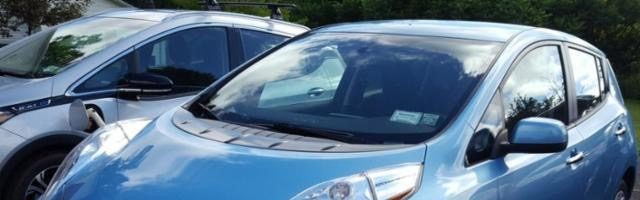 Nissan LEAF 2015 S+ 40 589 Km – Seulement 16 421 $ avec la subvention – VENDU