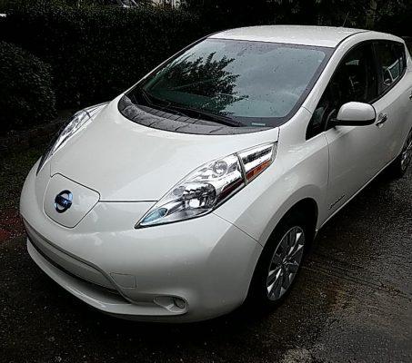 Nissan LEAF 2015 S+ 18 898 Km – Seulement 17 171 $ avec la subvention – DISPONIBLE