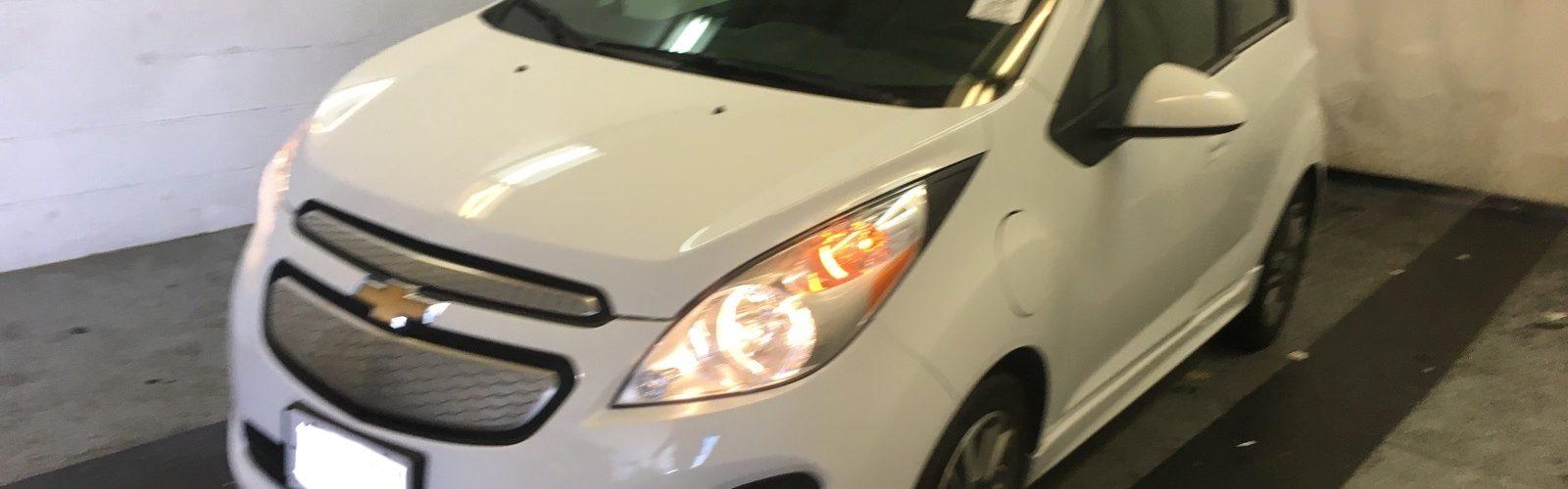 CHEVY SPARK EV 2LT 2015 – 40 486  Km – Charge rapide 400V – Seulement 14 571 $ avec la subvention – VENDU