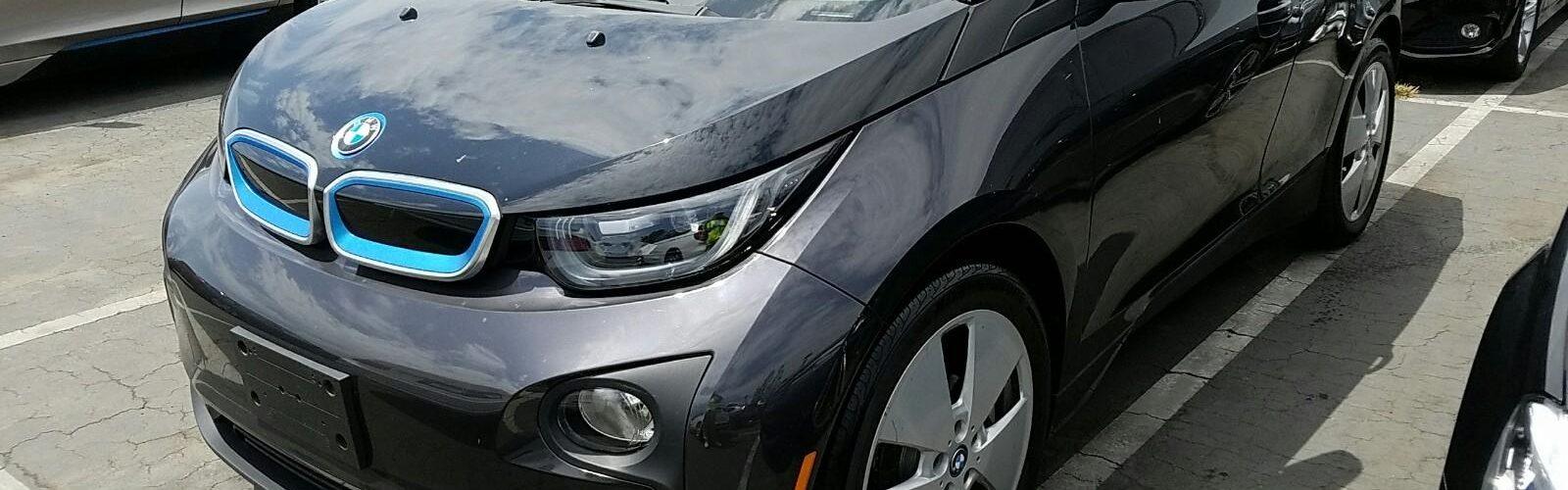 BMW i3 MEGA 2015 – 34 126 Km – Seulement 26 371 $ avec la subvention – VENDU