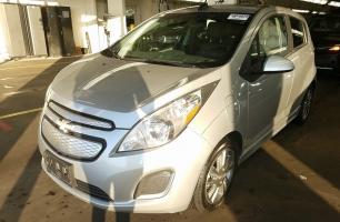 CHEVY SPARK EV LT 2015 – 52 037  Km – Charge rapide 400V – Seulement 14 171 $ avec la subvention – VENDU