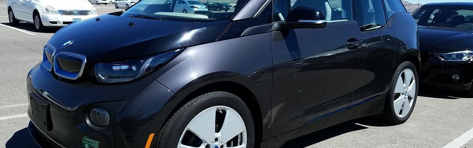 BMW i3 MEGA REXT 2015 – 42 385 Km – Seulement 29 500 $  – VENDU