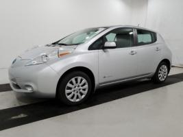 Nissan LEAF 2015 S+ 21 367 Km – Seulement 17 371 $ avec la subvention – VENDU