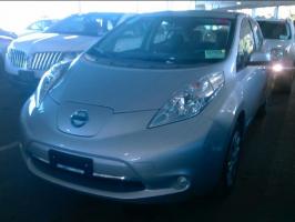 Nissan LEAF 2015 S+ – 5 473 Km – Seulement 17 871 $ avec la subvention – VENDU