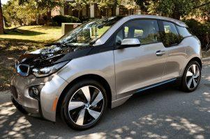 BMW i3 GIGA REX 2015 – 37 776 Km – Seulement 28 300 $ – VENDU