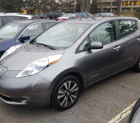 Nissan LEAF 2015 SV – 35 092 Km – Seulement 18 621 $ avec la subvention – DISPONIBLE