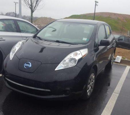 Nissan LEAF 2015 S+ 43 732 Km – Seulement 15 850 $ avec la subvention – DISPONIBLE