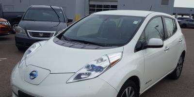 Nissan LEAF 2015 SL – 37 756 Km – Seulement 18 621 $ avec la subvention – VENDU