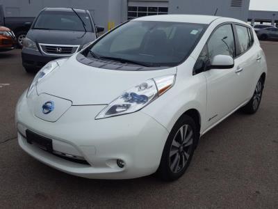 Nissan LEAF 2015 SL – 37 756 Km – Seulement 18 621 $ avec la subvention – DISPONIBLE