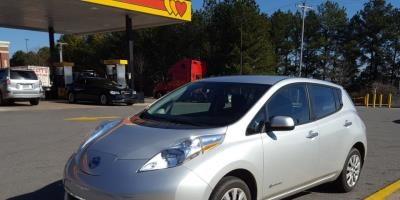 Nissan LEAF 2015 S+ 37 346 Km – Seulement 16 871 $ avec la subvention – VENDU