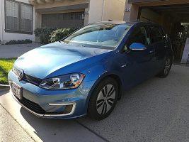 Volkswagen e-Golf SE 2016 – 31 176 Km – Seulement 23 020.98 $ avec la subvention – DISPONIBLE