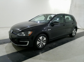Volkswagen e-Golf SE 2016 – 6 914 Km – Seulement 24 171 $ avec la subvention – VENDU
